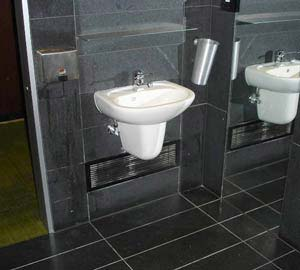 Correct clearance from basin to door