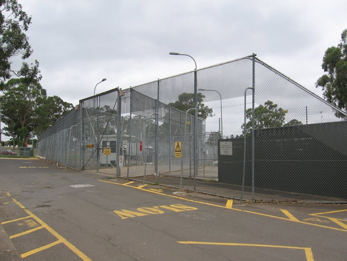 External fences, Villawood IDC