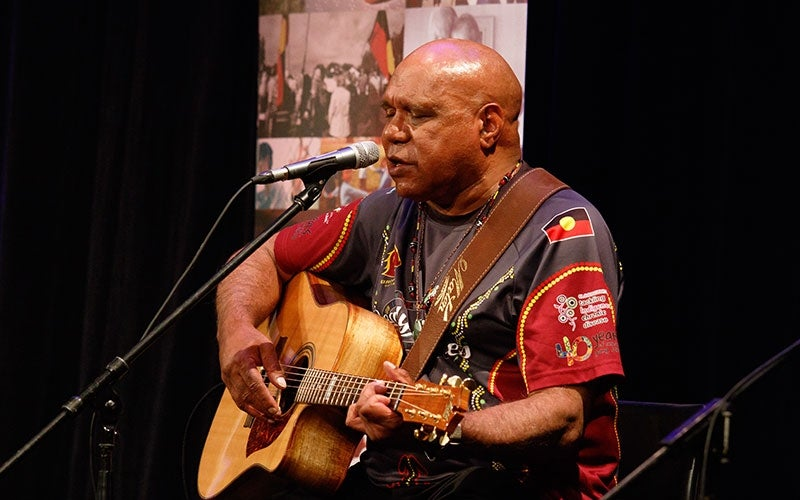 Archie Roach performing at the 2016 Human Rights Awards